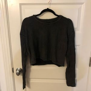 NWT UO Black Ribbed Cropped Sweaters